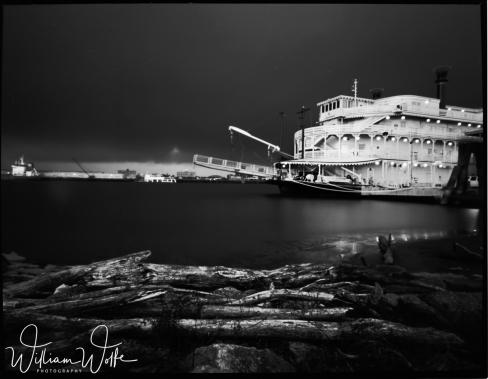 screen riverboat 2